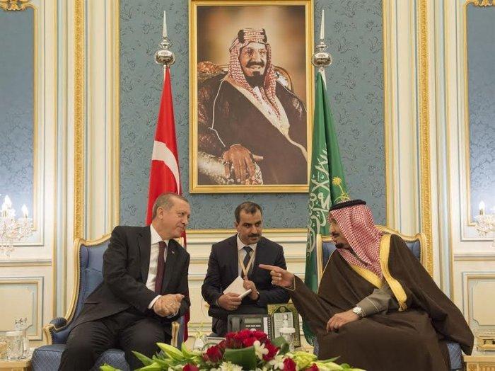Saudi king Salman Erdogan Riyadh 2017.jpg
